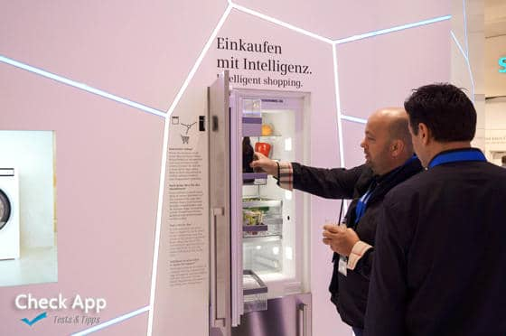 IFA_2013_Berlin_Siemens_Kuehlschrank_Bier