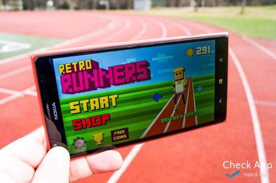 Retro Runners auf dem Nokia Lumia 1520
