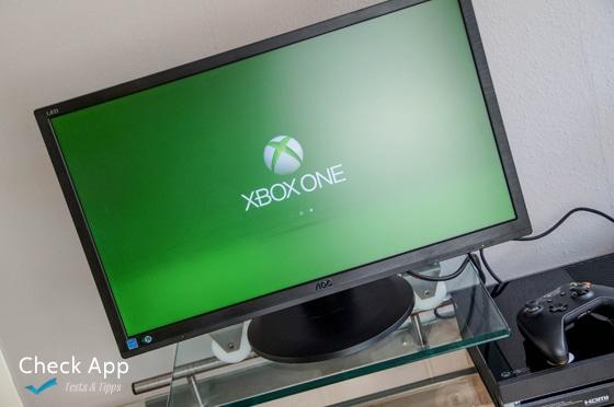 AOC_Gaming_Monitor_G2460PQU_Xbox_one_2
