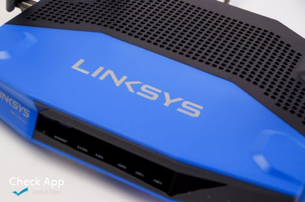 Linksys_WRT_1900ACS_02
