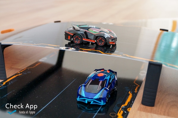 Anki_Overdrive_Supercars_02