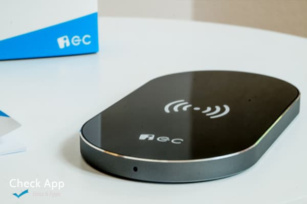 EC_Technology_Wireless_Charger_03