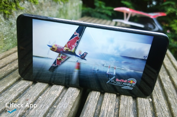 Red_Bull_Air_Race_2_App