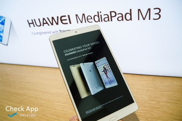 IFA_2016_Huawei_MediaPad_M3_Front