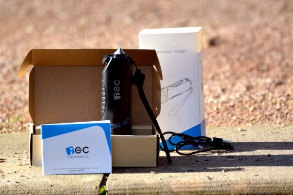 ec_technology_taschenlampe_verpackung