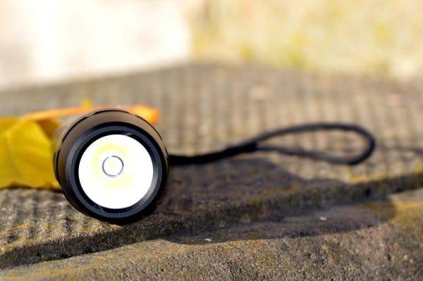 ec_technology_taschenlampe_an