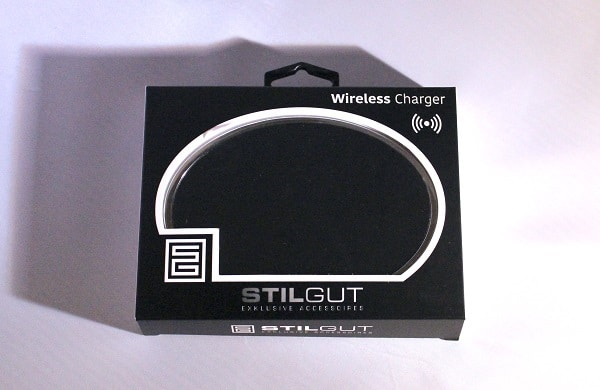 induktives laden am qi wireless charger von stilgut. Black Bedroom Furniture Sets. Home Design Ideas